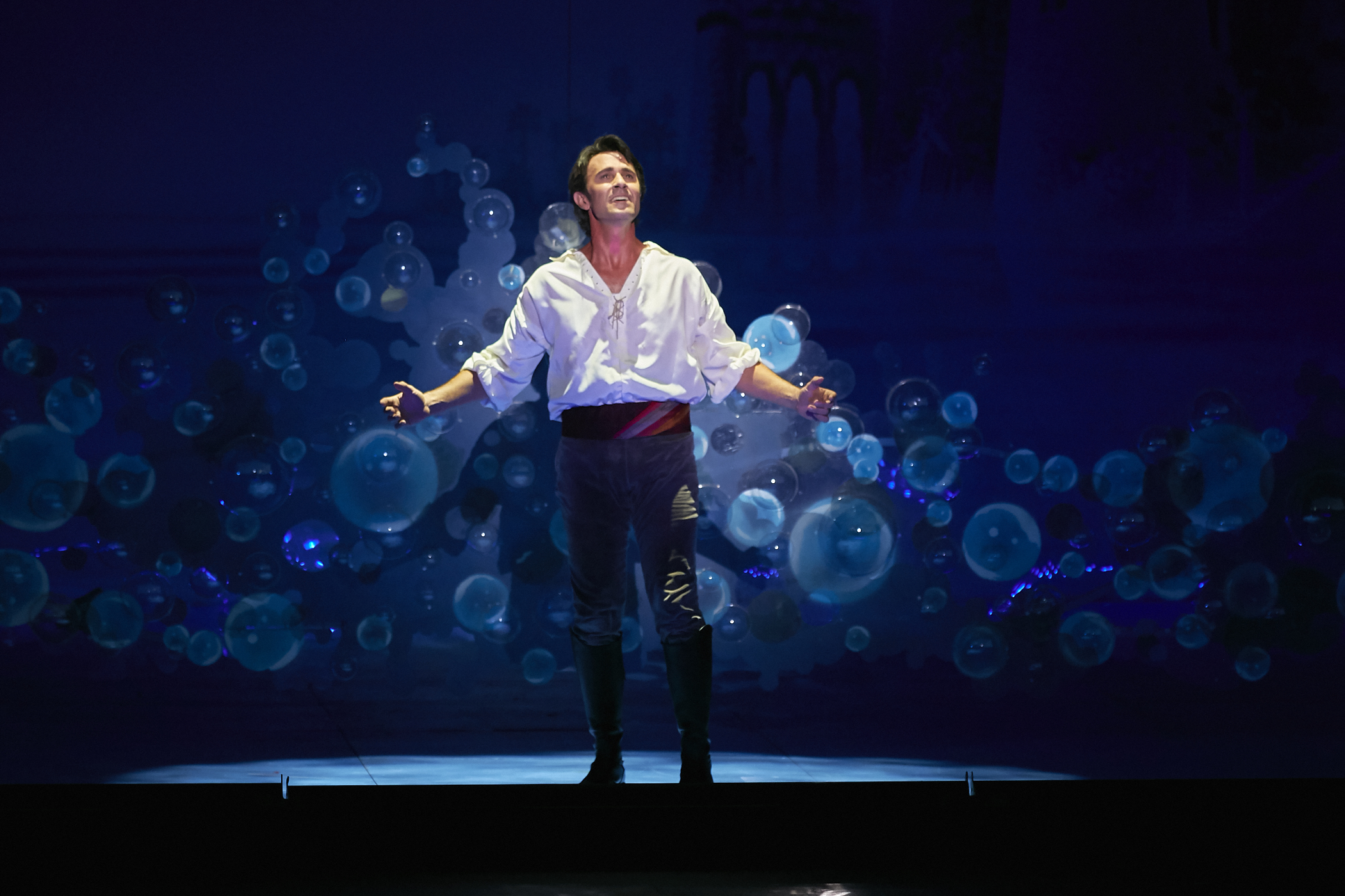 Eric Kunze in Disneys THE LITTLE MERMAID Photo by Steve Wilson