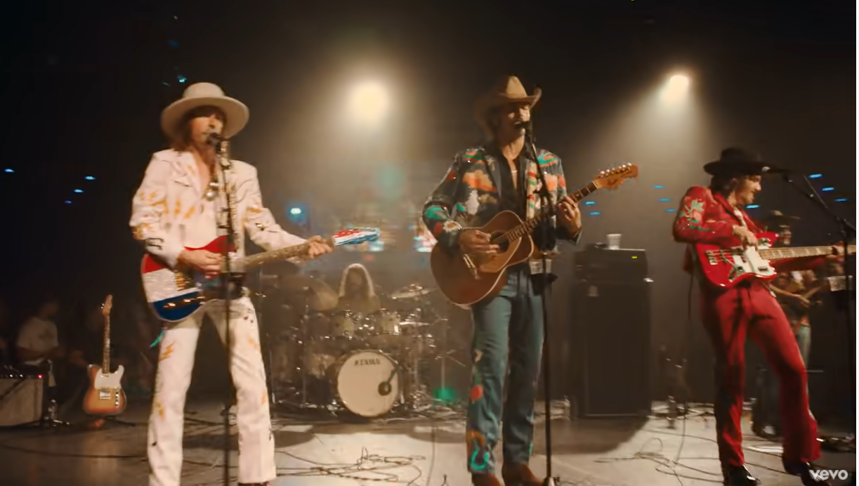 Midland performs Make A Little